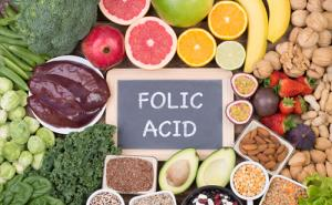 A collection of foods high in folic acid.